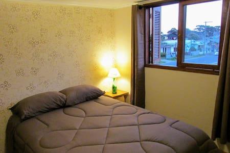 Apartamento com ar condicionado perto do centro
