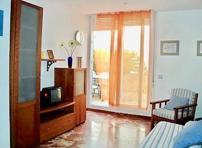 Apartmento planta baja paseo maritimo Ciutadella