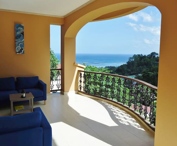 Reef View Villa - Mahè - Casa