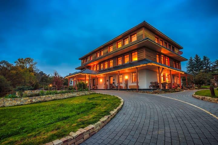 """Qi Gong Haus - Ferienwohnung """"Morgenröte"""""""