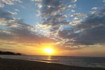 Playa las Ballinas a 200 metre a pied
