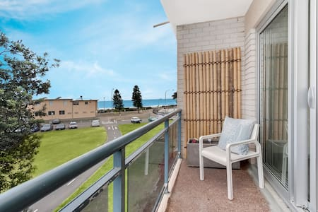 Dee why beach pad - Newly renovated - Huoneisto