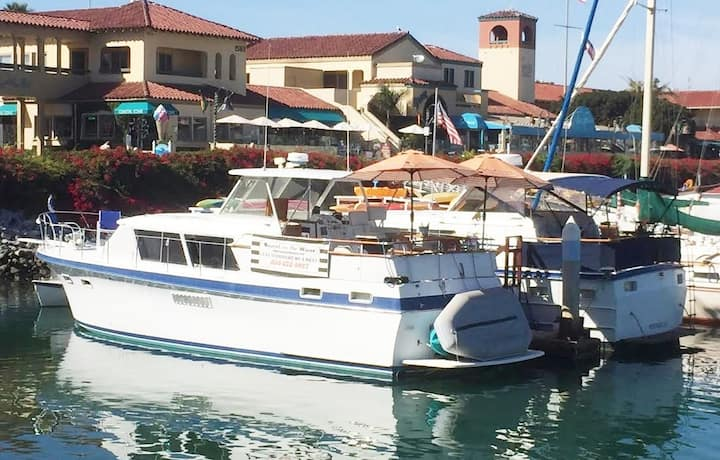 Boatel California in the beautiful Ventura Harbor