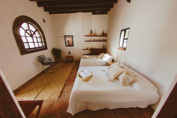 Habitación 1 Casa Colibrí - Rancho Eco La Arriera.