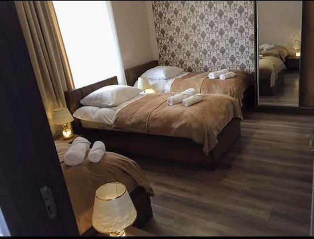 Makuuhuone 9
