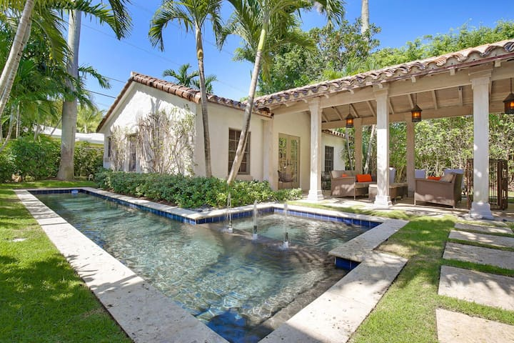 Sophisticated Pool Home Near The Intracoastal! - West Palm Beach - Huis