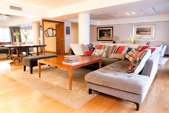 Living- Room