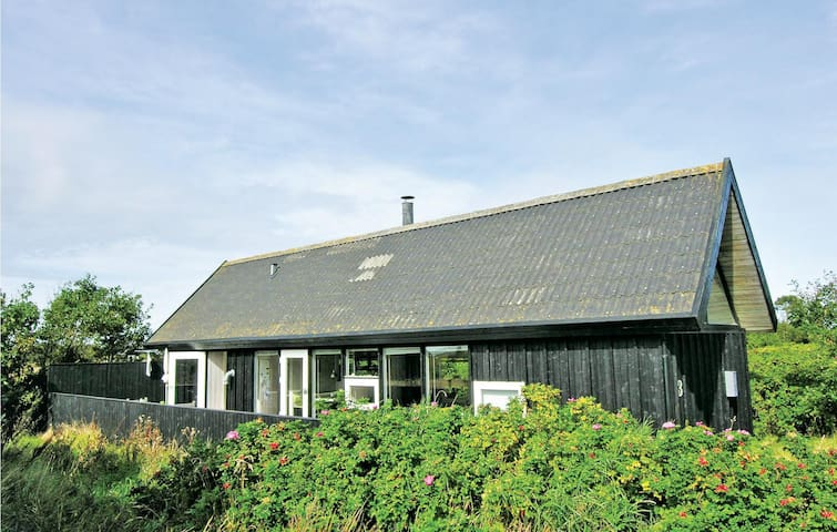Holiday cottage with 3 bedrooms on 85m² in Skagen