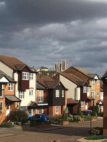 Discount to NHS/Key Workers-2 Bedroom townhouse