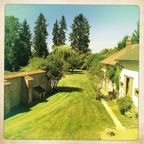 Grande maison familiale - Saint-Fargeau - Haus