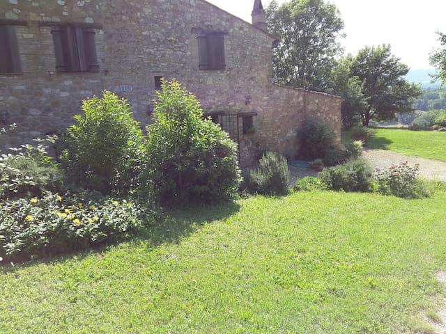 Apartment in farmhouse in Umbria