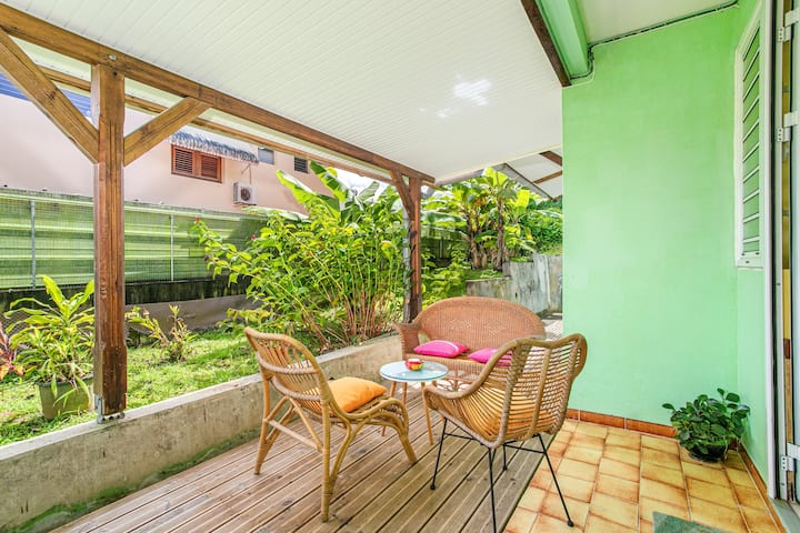 Apartment with 2 bedrooms in Fort-de-France, with furnished garden and WiFi - 5 km from the beach