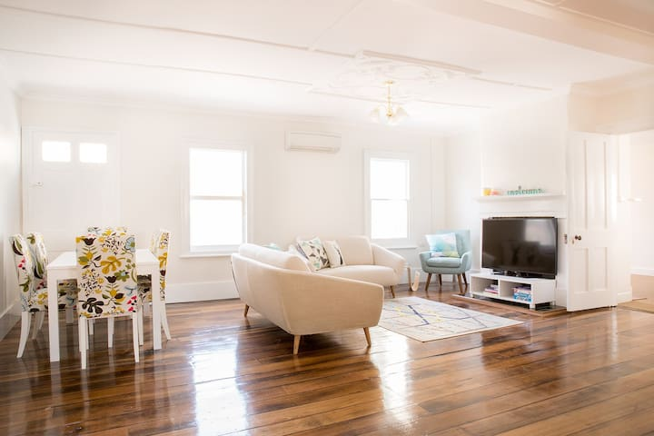 128 Murray Apartment 2 | Hobart CBD - Hobart - Departamento