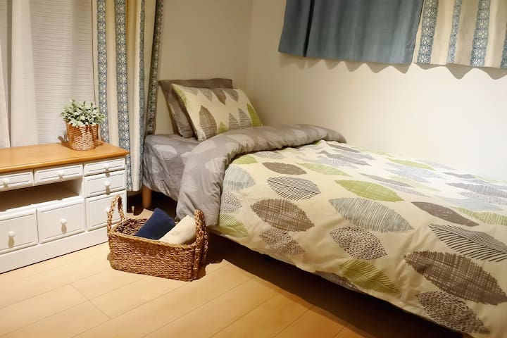 (3 minutes to station) Comfortable hostel #302
