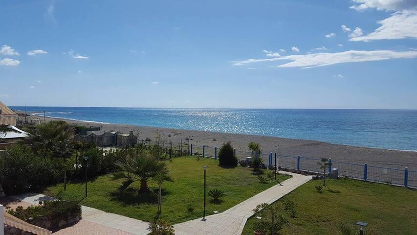 Appartamenti sulla spiaggia a Belvedere Marittimo