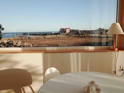 Ocean view with open-air bath, clean house A.