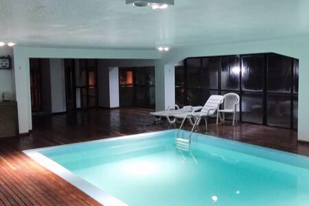 NATAL LUZ - Apartamento no Centro de Gramado - Gramado