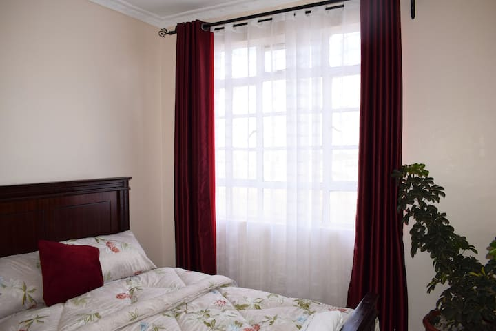 Room2 (red theme)