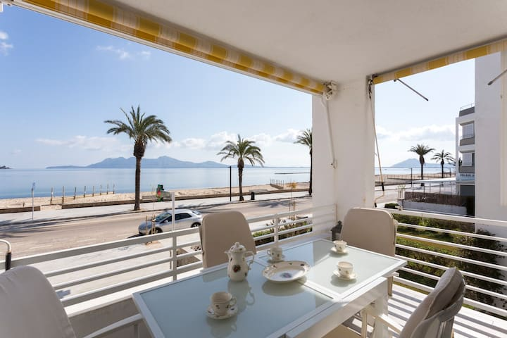 Breathtaking sea views, Pretty apartment sleeps 5 - Port de Pollença - Huoneisto