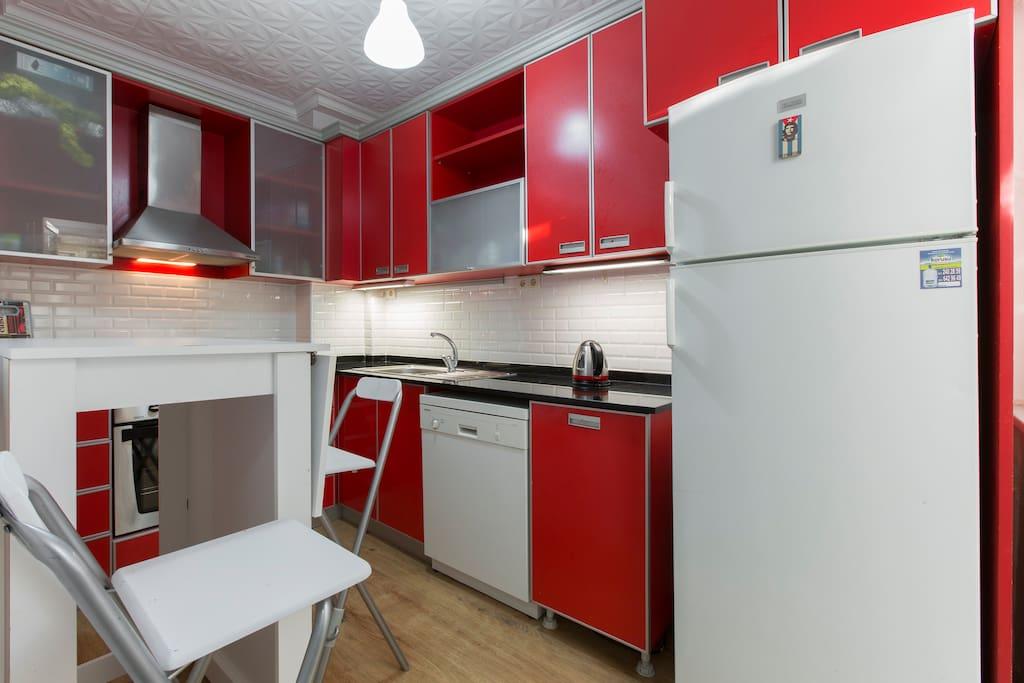 Common Area. Kitchen