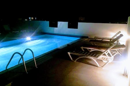 - Lovely Studio in Central Girne with Rooftop Pool