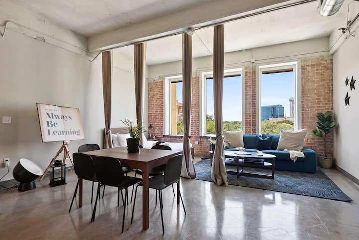 JURNY | Convention Center | Gorgeous 3bd Downtown