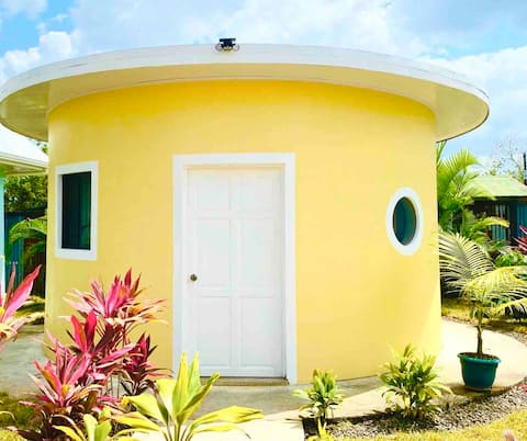 Unique Round House Perfect for Instagram w/Pool&AC