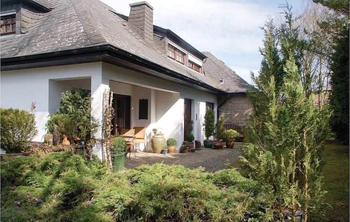 Stunning home in Schönecken with WiFi and 1 Bedrooms