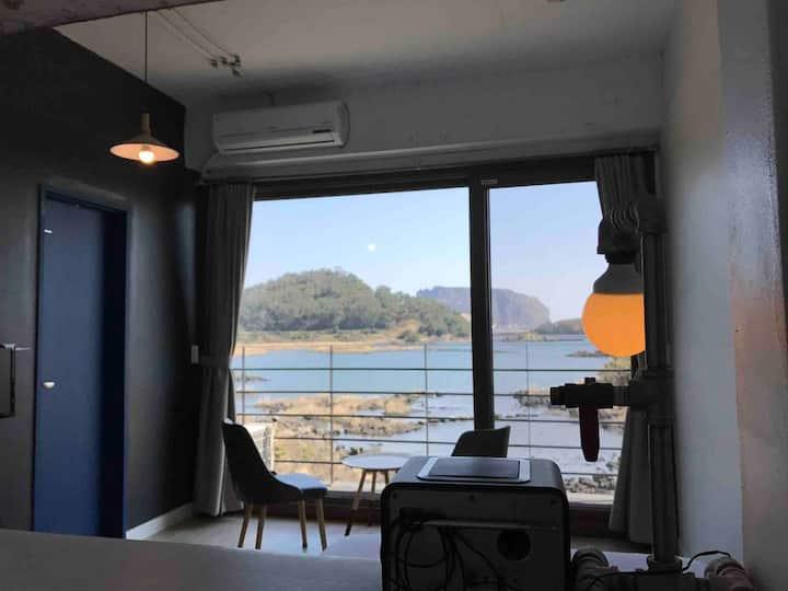 Romantic view with ojori lake(#201)