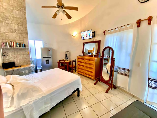 Come and enjoy a fairy tale: we use the most luxurious and extravagant accessories in this wonderful bungalow. Book now!