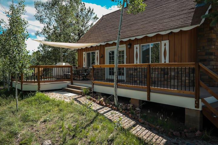 Cozy Cabin with Breathtaking Views - Divide - Hus