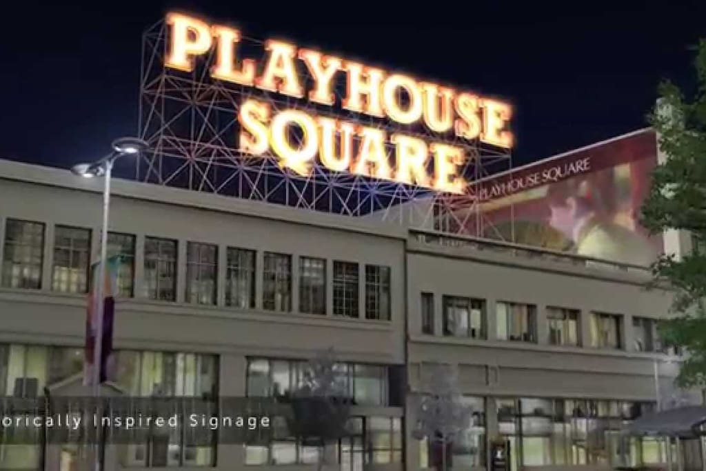 Apartment in the heart of Playhouse Square