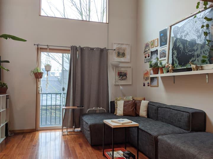 Private loft apartment - No contact check-in