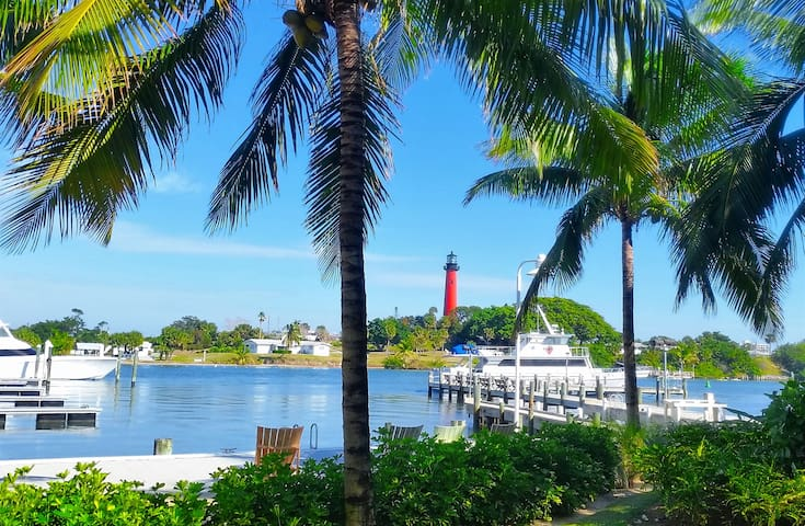Nearby Jupiter Lighthouse