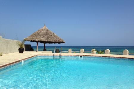 Ocean House, Buffalo room - Kilifi - Boutique hotel