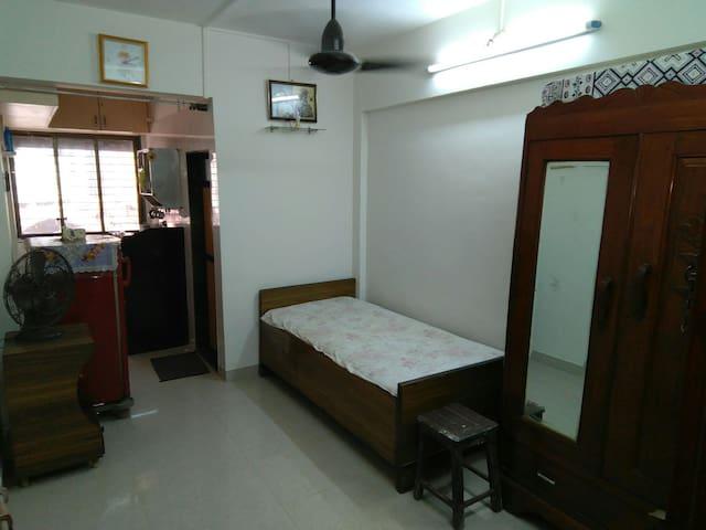AC Studio Apartment in Bandra west