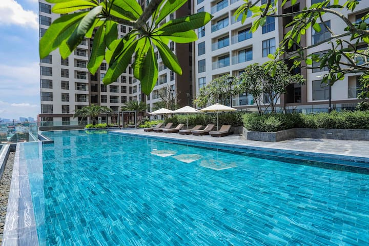 ❤️Romantic & Unique Apt w Infinity 🏊🏻‍♀️🏊🏻‍♂️SaltwaterPool