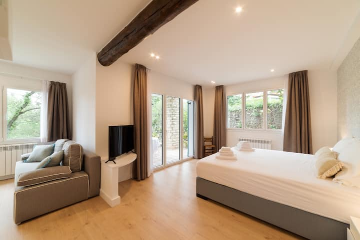 Eixample · Eixample · Eixample · Eixample · Eixample · Eixample, the sweetest suite of Villa Naranja
