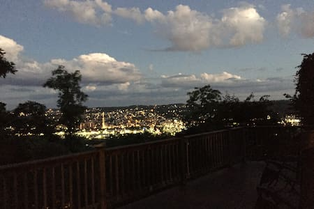 Squirrel Hill Home with Stunning Deck / Views! - Pittsburgh