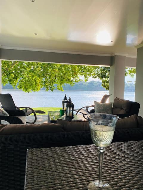 Luxurious experience on Millionaires Bend