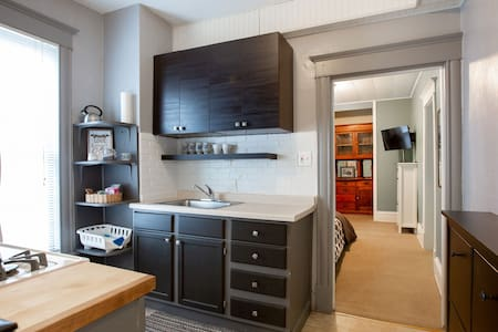 Private Studio nestled in the heart of Uptown