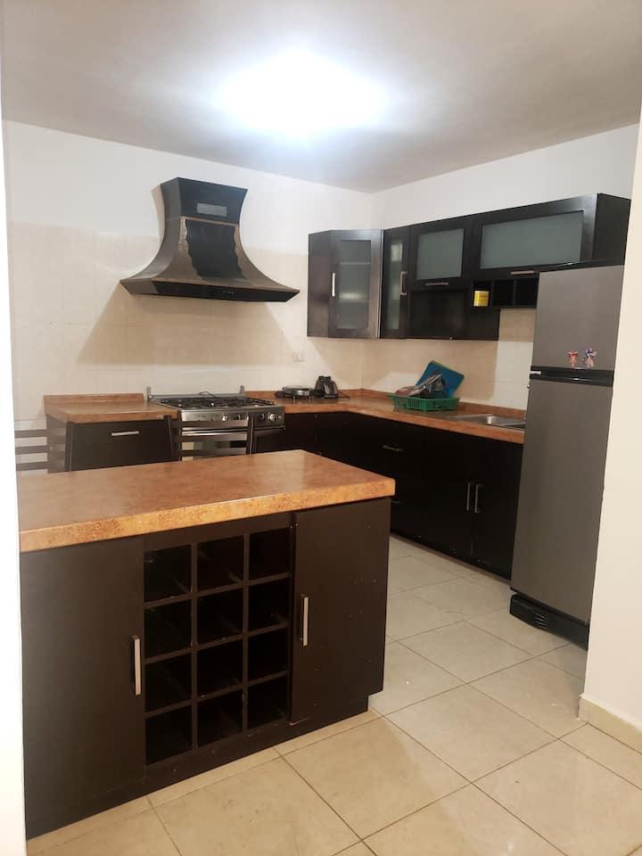 Casa amplia y comoda para disfrutar y relajarse