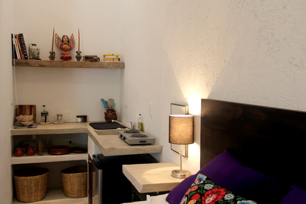 Beautiful Studio In Great Location Apartments For Rent