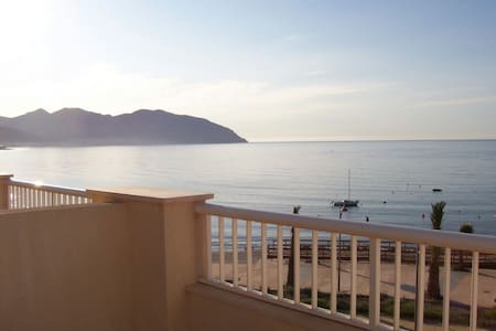 Amazing duplex facing the beach - Isla Plana - Σπίτι