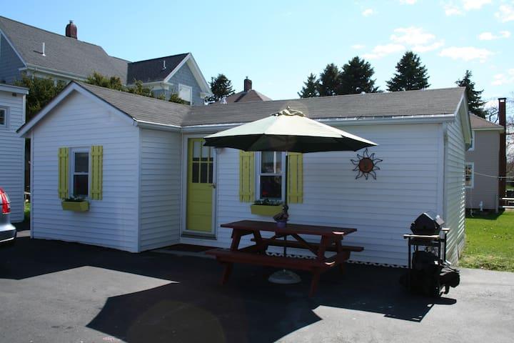 Ocean Beach Cottage