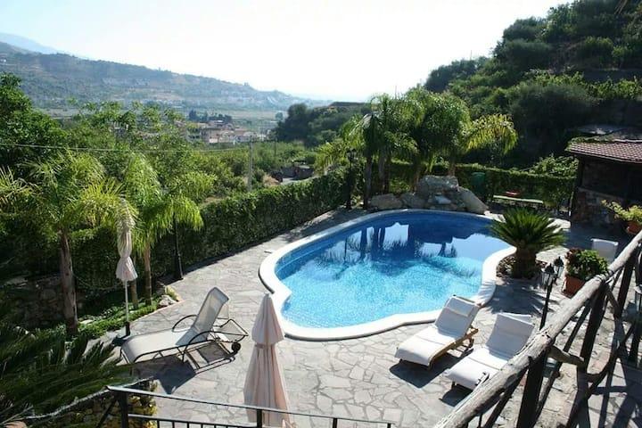 Villa Giulia Taormina