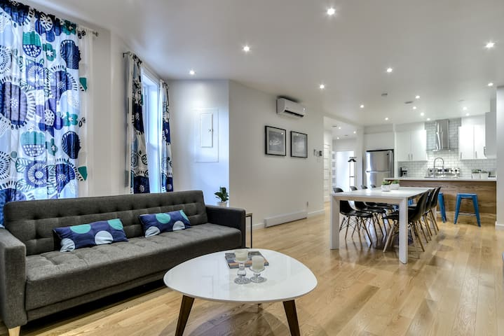 Best at Le Plateau -RENOVATED 4 bdr/2bth+parking