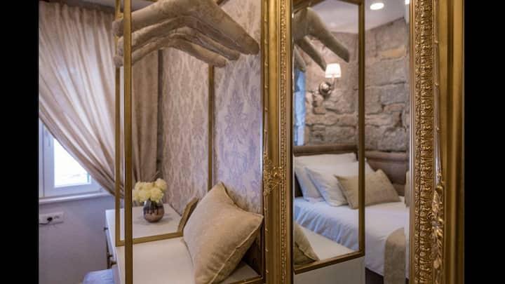 Jupiter lux rooms 4