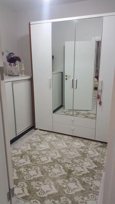 Özel  Giyinme Odası/ Private Dressing Room