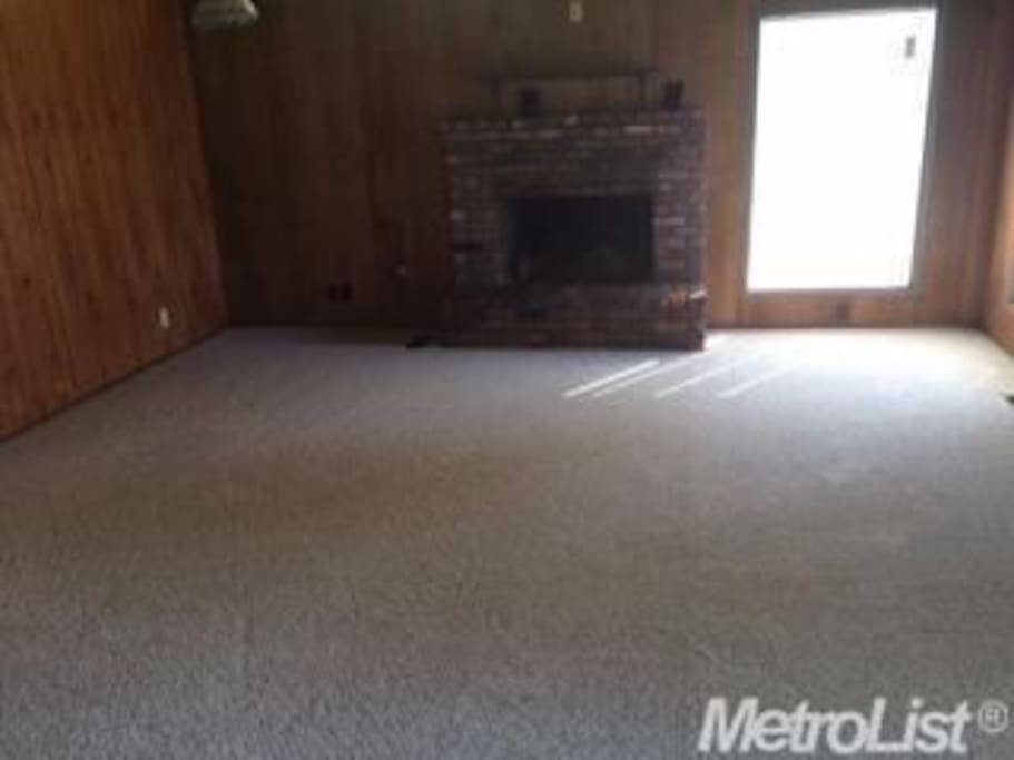 Cabin feel to the Family room area, cable TV included.